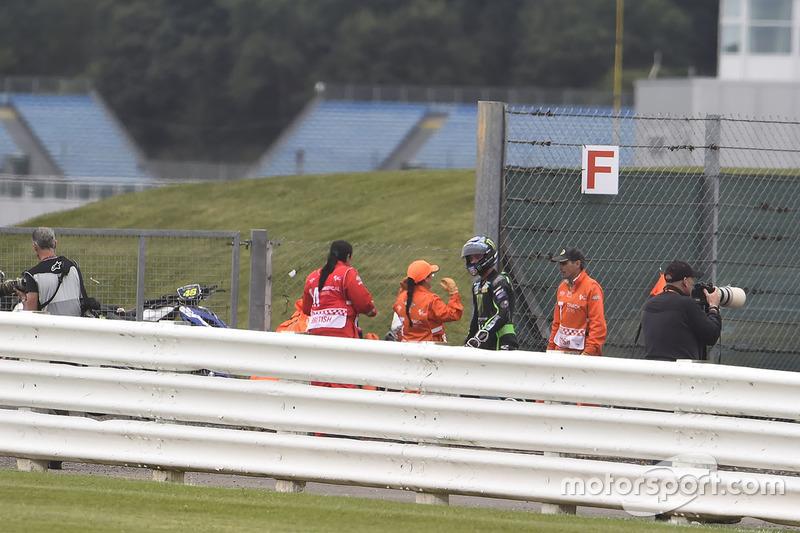 Alex Lowes, Tech 3 Yamaha, después de su caída