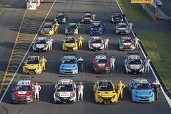 Foto di gruppo delle auto