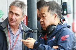Mike Doohan en Koji Nakajima, Honda Racing Corporation Director