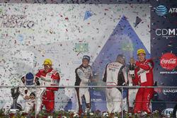Podium: #6 Toyota Racing Toyota TS050 Hybrid: Stéphane Sarrazin, Mike Conway, Kamui Kobayashi