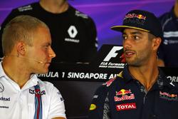 Pressekonferenz: Valtteri Bottas, Williams; Daniel Ricciardo, Red Bull Racing