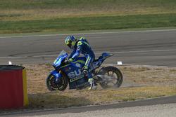 Unfall: Aleix Espargaro, Team Suzuki Ecstar MotoGP