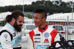 Stefano Comini, Leopard Racing, Volkswagen Golf GTI TCR e Kevin Tse Wing Kin, TeamWork Motorsport, Volkswagen Golf GTI TCR