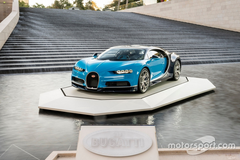 Bugatti Chiron Fondation Louis Vuitton