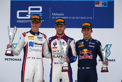 Luca Ghiotto, Trident, Raffaele Marciello, RUSSIAN TIME, und Pierre Gasly, PREMA Racing