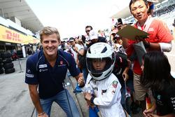 Marcus Ericsson, Sauber F1 Team mit Fans