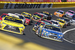 Restart: Jimmie Johnson, Hendrick Motorsports, Chevrolet, führt