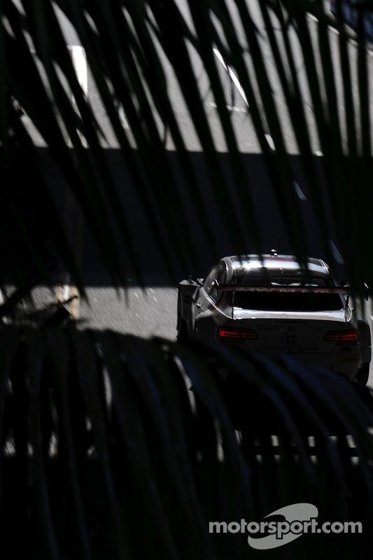 #55 BMW Team RLL BMW M3 GT: Bill Auberlen, Dirk Werner