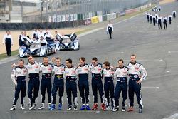 Team Peugeot photoshoot: Alexander Wurz, Marc Gene, Anthony Davidson, Franck Montagny, Stéphane Sarrazin, Nicolas Minassian, Sébastien Bourdais, Simon Pagenaud, Pedro Lamy