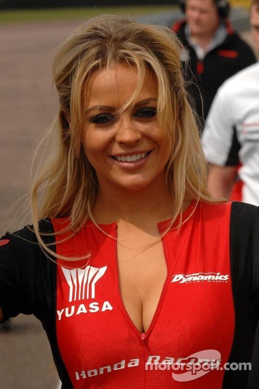 Honda Racing gridgirl