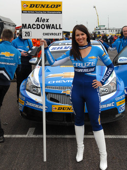 Sophie Fisher Grid girl to Alex MacDowall