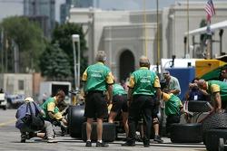 Pitstop practice at Team Australia