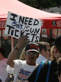Fans want tickets