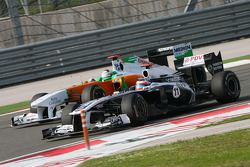 Adrian Sutil, Force India F1 Team and Rubens Barrichello, AT&T Williams