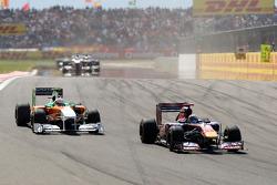 Sebastien Buemi, Scuderia Toro Rosso, STR06 leads Paul di Resta Force India F1 Team, VJM04