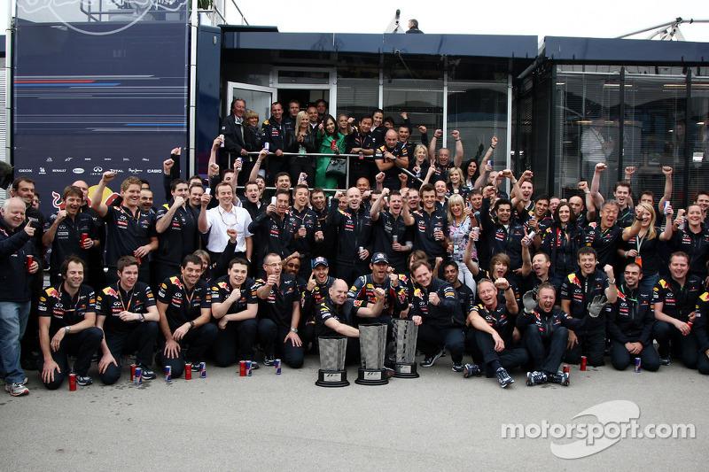 Red Bull team celebration, Sebastian Vettel, Red Bull Racing, Mark Webber, Red Bull Racing, Adrian Newey, Red Bull Racing, Technical Operations Director, Christian Horner, Red Bull Racing, Sporting Director
