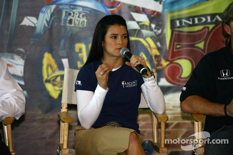 La course 2005 Indianapolis 500 avec Danica Patrick la rookie de l'année