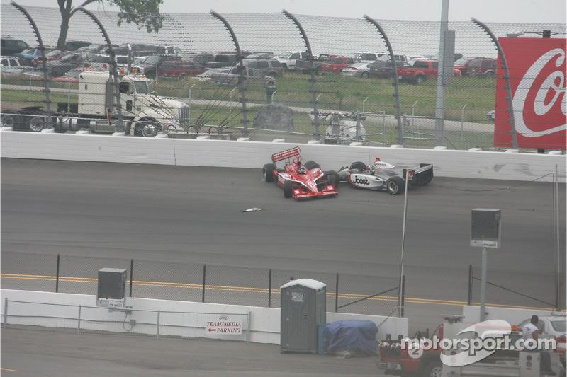 Tomas Scheckter and Dan Wheldon