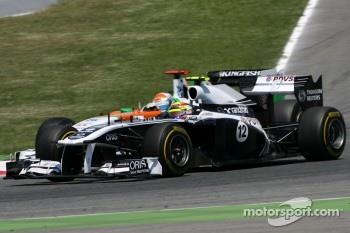 Pastor Maldonado, Williams F1 Team and Adrian Sutil, Force India