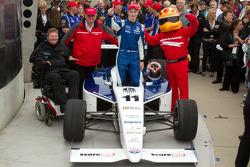Victory lane: race winner Josef Newgarden, Sam Schmidt Motorsports celebrates with Sam Schmidt