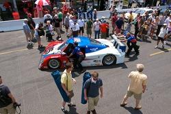 Pre-Race Fan Walk #5 Action Express Racing Porsche/Riley: David Donohue, Darren Law