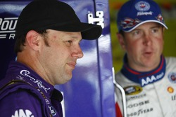 Matt Kenseth, Roush Fenway Racing Ford and Kurt Busch, Penske Racing Dodge