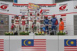 GT500 class podium: Winner Takashi Kogure and Loic Duval, second place Masataka Yanagida and Ronnie Quintarelli, third place Toshihiro Kaneishi and Koudai Tsukakoshi