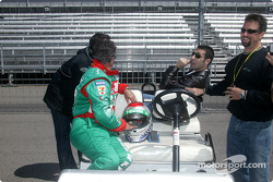 Mario Andretti talks with Michael Andretti, Max Papis and Dario Franchitti