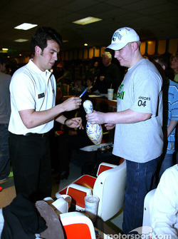 Sam Hornish Jr. at PBA Pro-Am in Indianapolis: a unique autograph request for Sam Hornish Jr.