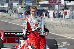 Dan Wheldon wins MBNA Pole Award for the Indy Japan 300