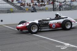 Vintage racers: 1963 Watson-Ford V8 Roadster #95