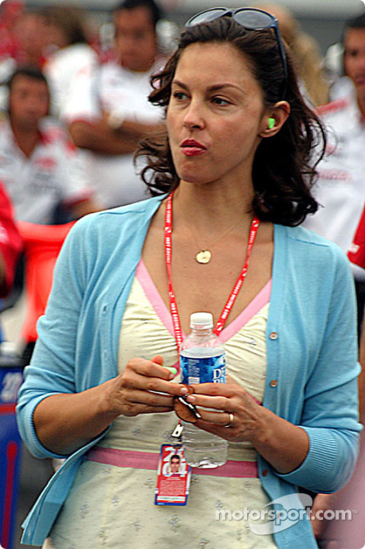 Ashley Judd was there to watch her husband, Dario Franchitti