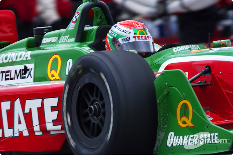 Adrian Fernandez after a pitstop