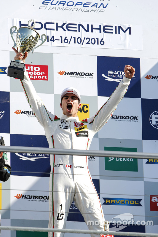 Podium: ganador, Lance Stroll, Prema Powerteam Dallara F312 - Mercedes-Benz