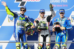 Podium: race winner Cal Crutchlow, Team LCR Honda, second place Valentino Rossi, Yamaha Factory Racing, third place Maverick Viñales, Team Suzuki Ecstar MotoGP
