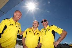 Frederic Vasseur, Renault Sport F1 Team Racing Director (Centre)