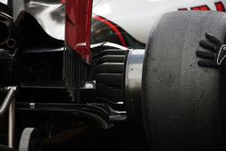 Haas VF-16 wheel hub
