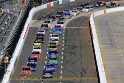 Start: Chase Elliott, Chevrolet leads