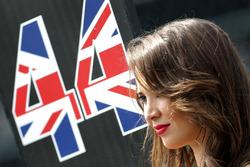 Chica de la parrilla, Lewis Hamilton, Mercedes AMG F1