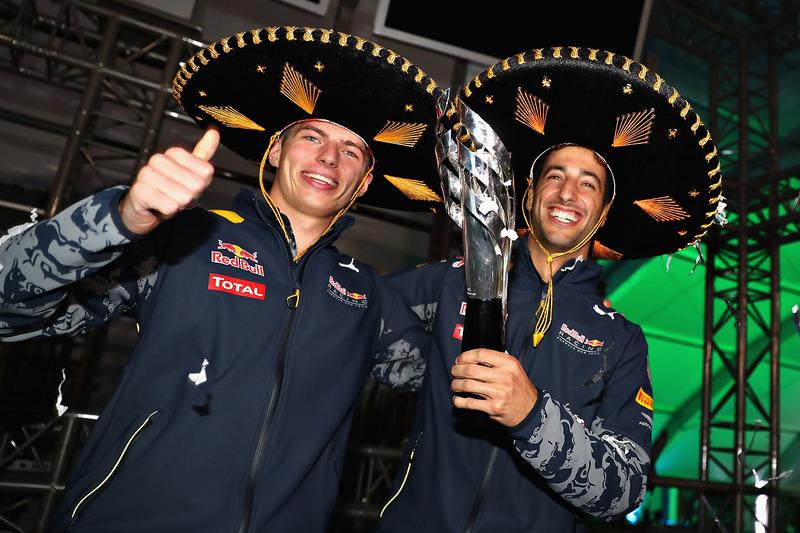 Red Bull Racing: 27 очков