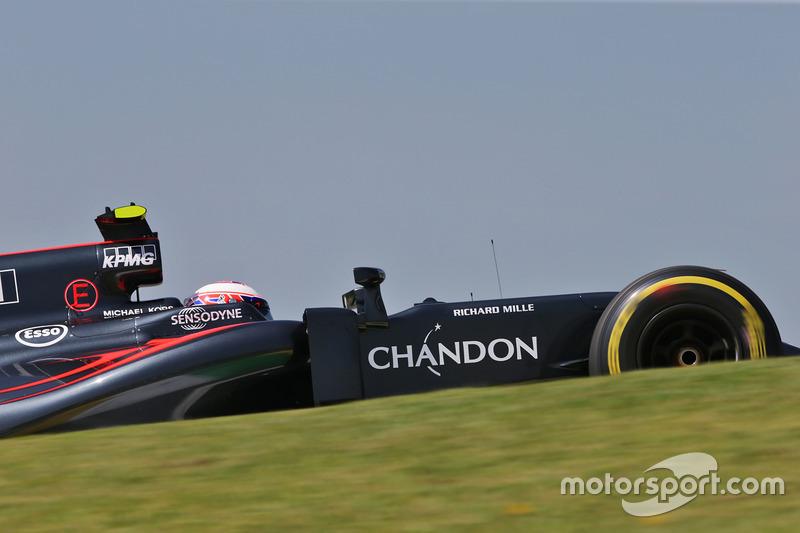 17: Дженсон Баттон, McLaren MP4-31