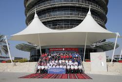 6 Hours of Bahrain team photo