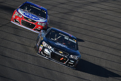 Tony Stewart, Stewart-Haas Racing, A.J. Allmendinger, JTG Daugherty Racing Chevrolet