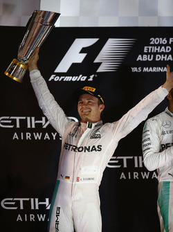 Podium: second place and new world champion Nico Rosberg, Mercedes AMG Petronas F1