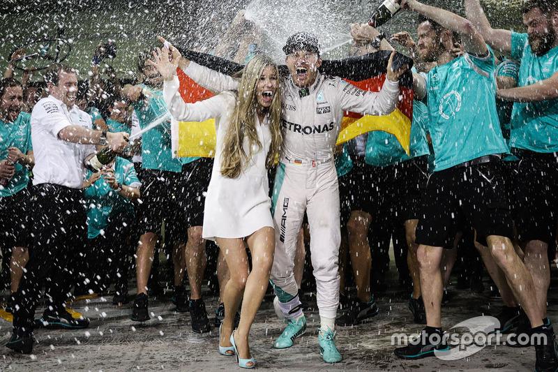 206 Grands Prix avant le titre