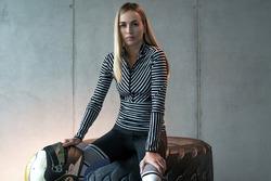 Carmen Jorda, Adidas anlaşması
