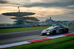 #67 GDL Racing Team Asia Lamborghini Super Trofeo Huracan: Wee Lim Keong, Melvin Moh Chun Ho, Rik Breukers