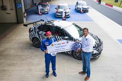 Karminder Singh,  Sirish Vissa, Head of Volkswagen Motorsport India