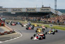 Alain Prost, McLaren MP4/3 voor Nelson Piquet en Nigel Mansell, Williams FW11B