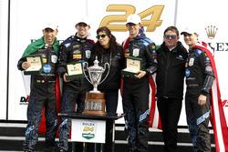 Yarış galibi #10 Wayne Taylor Racing Cadillac DPi: Ricky Taylor, Jordan Taylor, Max Angelelli, Jeff Gordon